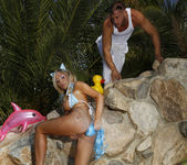 Tasha Reign Gets Sex on the Beach 6