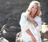 Tasha Reign On the Rocks 6