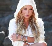 Tasha Reign On the Rocks 14