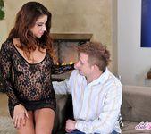 Isabella De Santos - Escort for the Wife - Club Sandy 5