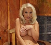 Fantastic Blonde Monica Star Shows Off Hot Body 6