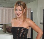 Shelby Bell, Joey 2