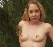 Julie Night 27