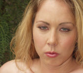 Julie Night 28