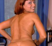 Sharone, Nick Lang 3