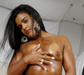 Ana Julia - Strong Loving - Mike In Brazil 3
