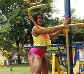 Ana Julia - Strong Loving - Mike In Brazil 4