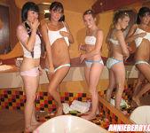 Yumi Lee, Annie Berry, Cute Angie 21