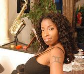 Vanessa Blue 7