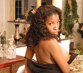 Vanessa Blue 28