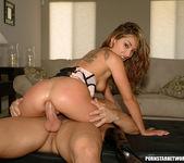 Roxy Jezel 3