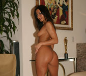Sandra Romain gets naked 20