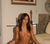 Sandra Romain gets naked 27