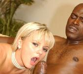 Lexington Steele Gives It Hard To Blonde Beauty Bree Olson 5