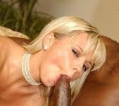 Lexington Steele Gives It Hard To Blonde Beauty Bree Olson 8