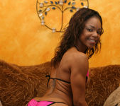 Ebony Beauty Marie Luv Gets Her Mouth Filled With Nut Butter 8