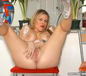 Lexington Steele Slams Tight Blonde Daphne Rosen Right Up 29