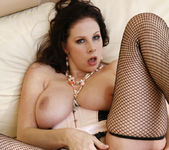 Lex Steele Goes At It With Gianna Michaels 17