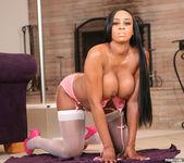 Ebony Beauty Sandi Jackmon Gets Fucked In Photo Set 19