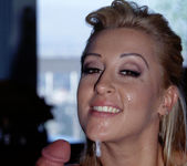 Blonde Pornstar Jill Kelly Gets Her Face Covered 29