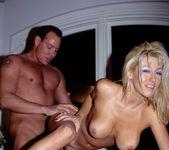 Jill Kelly 15