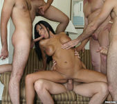 Tera Leigh vs Five Guys 3