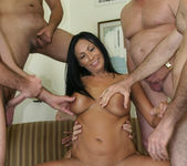 Tera Leigh vs Five Guys 8