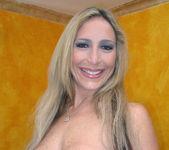 Eager Blonde MILF Savanah James 13