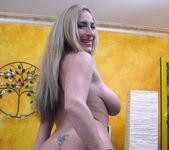 Eager Blonde MILF Savanah James 17