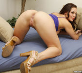 Gracie Glam in a Blowjob Gang Bang 19