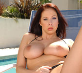 Brunette MILF Gianna Michaels Swallows After a 2 on 1 7
