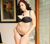 Gianna Michaels Gets Naked and Gets Fucked 2
