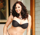 Gianna Michaels Gets Naked and Gets Fucked 6