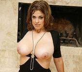 Brianna Bragg - Chubby Sexpot Earns the Man Meat 16