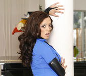 Bobbi Starr and Francesca Le - Frantic On the Set 19