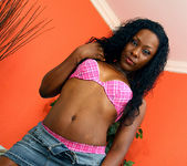 Ms Platinum - Ebony Tease Needs to be Pleased 9
