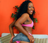 Ms Platinum - Ebony Tease Needs to be Pleased 16