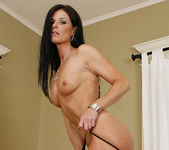 Dylan Ryan Has a Hot Pie for India Summer 12