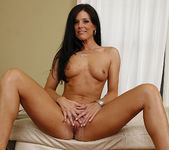 Dylan Ryan Has a Hot Pie for India Summer 19