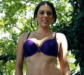 Celeste Star and Kodi Gamble - Sporty Flirts 30