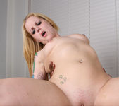 Kendra Kaine Has a Bad Girl Moment 27