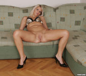 Silvie Deluxe and Mia Having Group Sex 17