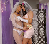 Sinn Sage and Tanya Tate Get Wedding Photos 7