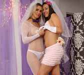Sinn Sage and Tanya Tate Get Wedding Photos 14