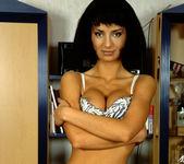Katja Love Gets Anal Sex Tunnel Vision 3