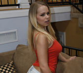 Britney Young Seduces Jennifer Best 5