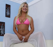 Charley Monroe and Madison Let It Happen 27