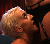 Dylan Ryan Gets Kinky with Sadie and Beretta 17