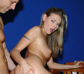 Victoria Swinger - If It's In, She's Good 19