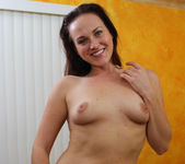 Josi Valentine - Good from Both Ends 27